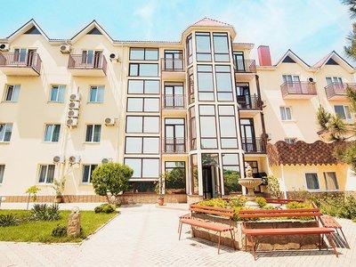 Отель Отель-курорт Бригантина 3* Феодосия Крым