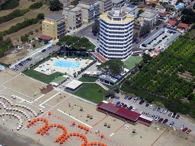 Отель Torre del Sole 4* Тирренское побережье Италия