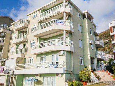 Отель M Apartment 2* Петровац Черногория