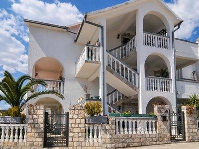 Отель Rooms Tamara 2* Тиват Черногория