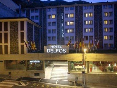Отель Tulip Inn Andorra Delfos Hotel 4* Эскальдес - Энгордани Андорра