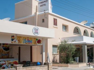 Отель Pyramos 2* Пафос Кипр