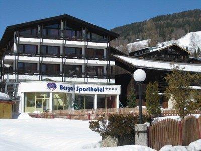 Отель Berger's Sporthotel 4* Заальбах Австрия