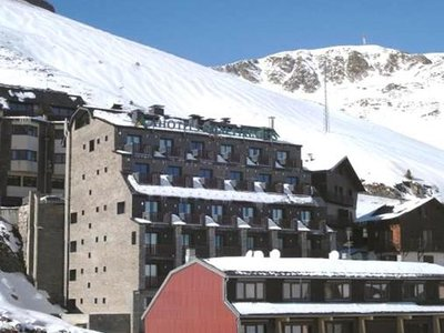 Отель Caribou 4* Па де ля Каса Андорра