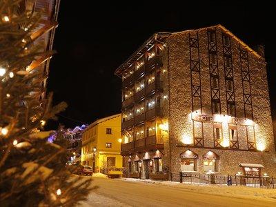 Отель Naudi Hotel 3* Сольдеу - Эль Тартер Андорра