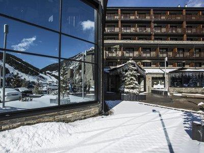 Отель Piolets Park & Spa Hotel 4* Сольдеу - Эль Тартер Андорра