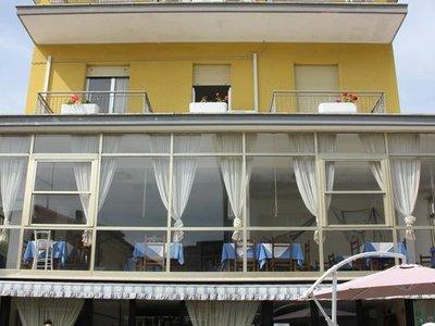 Отель Orlov Hotel 2* Римини Италия