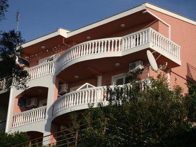 Отель Omega Apartments (Jasmin) 3* Ульцинь Черногория