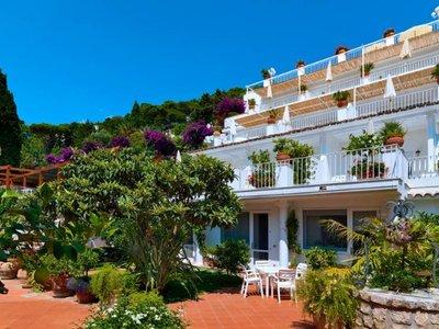 Отель Brunella Villa 4* о. Капри Италия