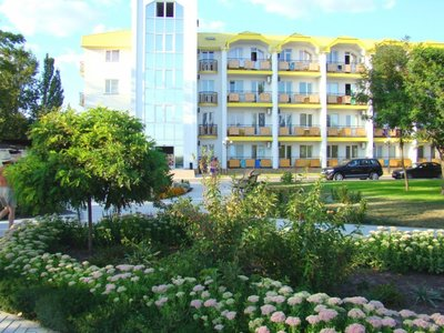 Отель Мелиоратор-Юг 3* Коблево Украина