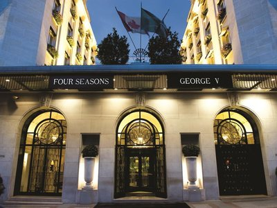 Отель Four Seasons George V 4* Париж Франция
