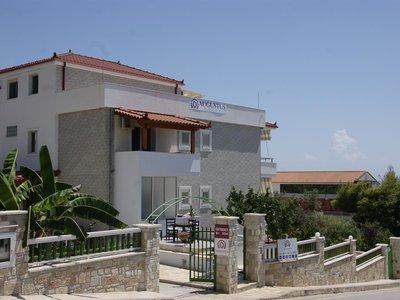 Отель Augustus Hotel 3* Дхерми Албания