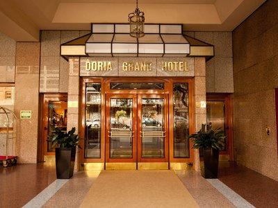 Отель Doria Grand Hotel 4* Милан Италия