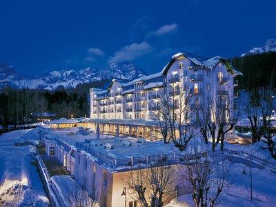 Отель Cristallo a Luxury Collection Resort & Spa 5* Кортина д'Ампеццо Италия
