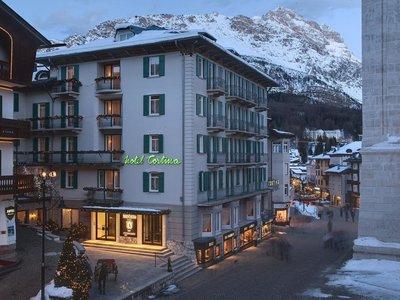 Отель Cortina Hotel 4* Кортина д'Ампеццо Италия
