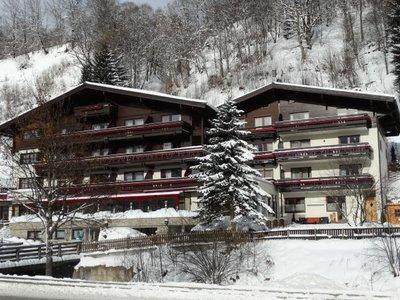 Отель Alpenblick Hotel 3* Хинтерглемм Австрия