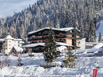Отель Spinale Hotel 4* Мадонна ди Кампильо Италия