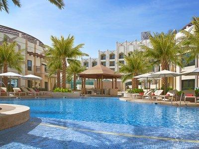Отель Al Ain Rotana 5* Аль Айн ОАЭ