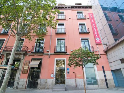 Отель Petit Palace Plaza del Carmen 4* Мадрид Испания