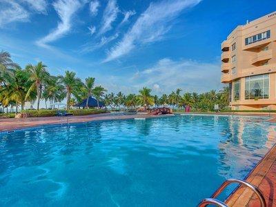 Отель Crowne Plaza Resort Salalah 5* Салала Оман