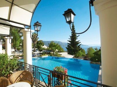 Отель Grecotel Lux  Me Daphnila Bay Dassia 5* о. Корфу Греция