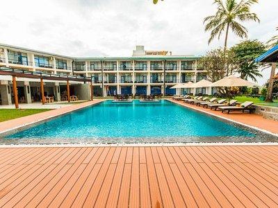 Отель Camelot Beach Hotel 3* Негомбо Шри-Ланка