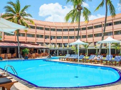 Отель Paradise Beach Hotel 3* Негомбо Шри-Ланка