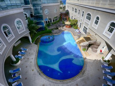 Отель Sharjah Premiere Hotel & Resort 3* Шарджа ОАЭ