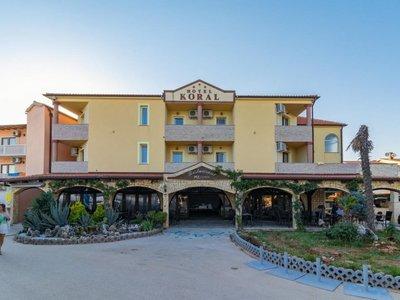 Отель Koral Hotel 3* Медулин Хорватия