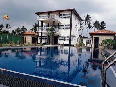 Отель Blue Beach Villa 3* Ваддува Шри-Ланка