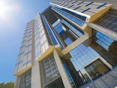 Отель Four Points by Sheraton Doha 4* Доха Катар