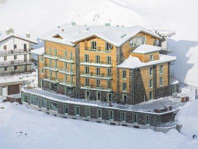 Отель White Angel Hotel 4* Червиния Италия