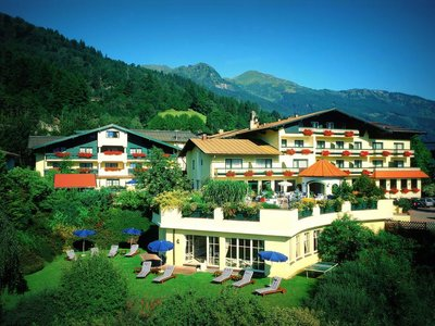 Отель Zum Stern 4* Бад Хофгаштайн Австрия