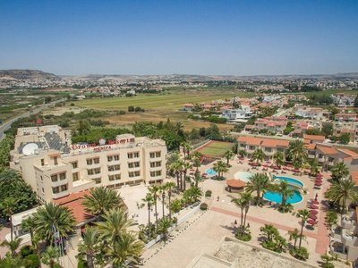 Отель Crown Resorts Henipa 3* Ларнака Кипр