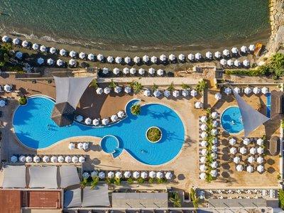 Отель The Royal Apollonia Beach 5* Лимассол Кипр