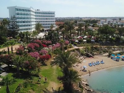 Отель Crystal Springs Beach Hotel 4* Протарас Кипр