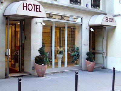 Отель Lebron Hotel 3* Париж Франция