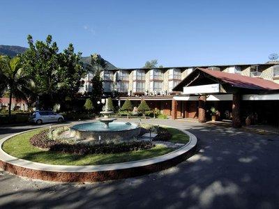 Отель Berjaya Beau Vallon Bay Beach Resort & Casino 4* о. Маэ Сейшельские о-ва