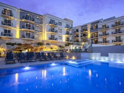 Отель Pergola Hotel & Spa 4* Меллиеха Мальта