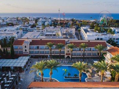 Отель Napa Plaza 4* Айя Напа Кипр