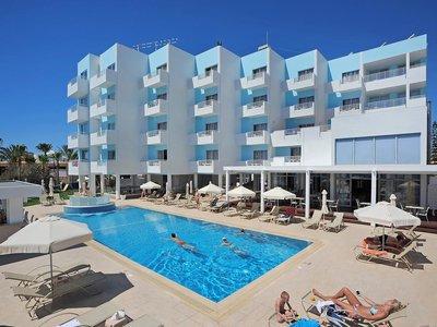 Отель Okeanos Beach Hotel 3* Айя Напа Кипр
