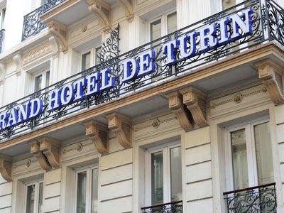 Отель De Turin Grand Hotel 2* Париж Франция
