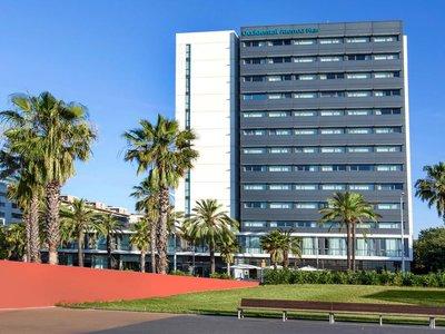Отель Occidental Atenea Mar 4* Барселона Испания