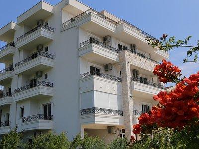 Отель Metropolis 4* Ульцинь Черногория
