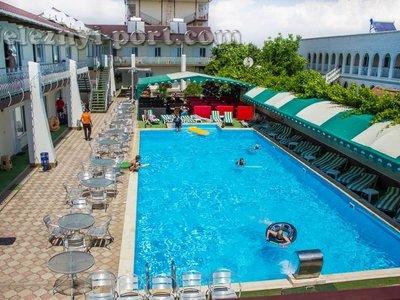 Отель Фортеця Пансионат 2* Железный Порт Украина