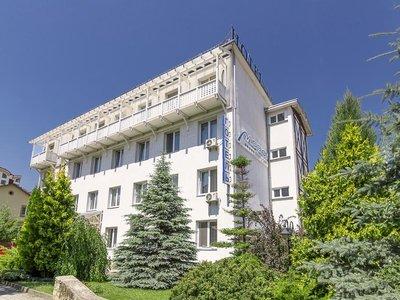 Отель Мариот Медикал Центр 4* Трускавец Украина