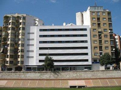 Отель Guadalmedina 4* Малага Испания