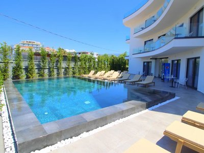 Отель Blue Eye 4* Ксамил Албания