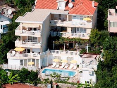 Отель Tenzera Villa 4* Герцег Нови Черногория