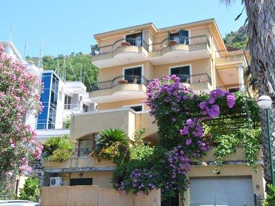 Отель Garni Hotel Meduza 3* Рафаиловичи Черногория